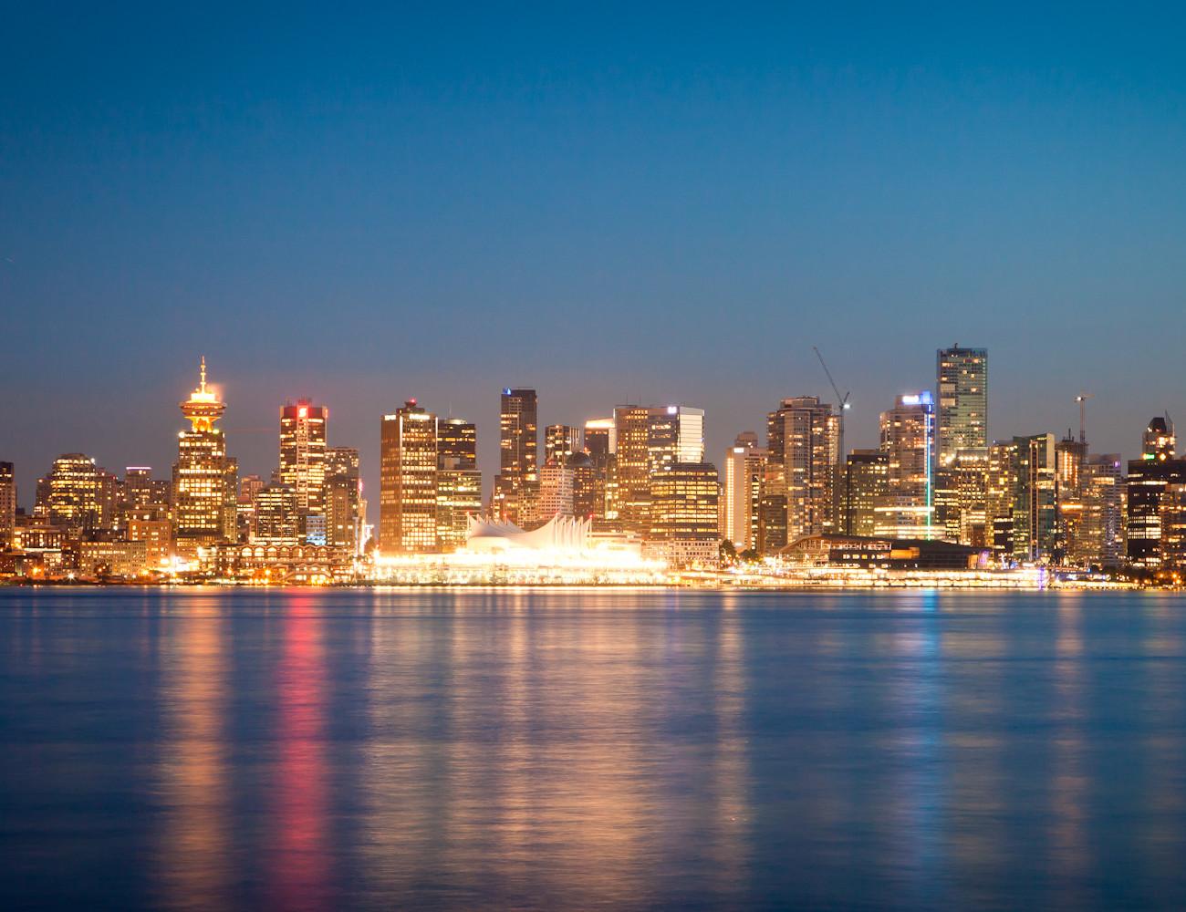 Suure linna õhtuvalgus